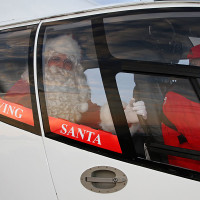 Flying Santa_helios
